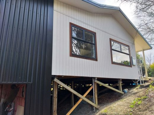 Cladding finished in Natural Paint